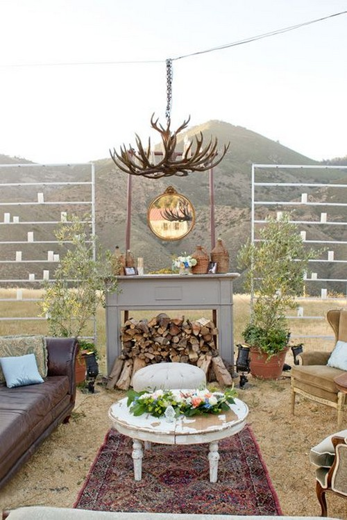 vintage-inspired-outdoor-wedding-lounge-area