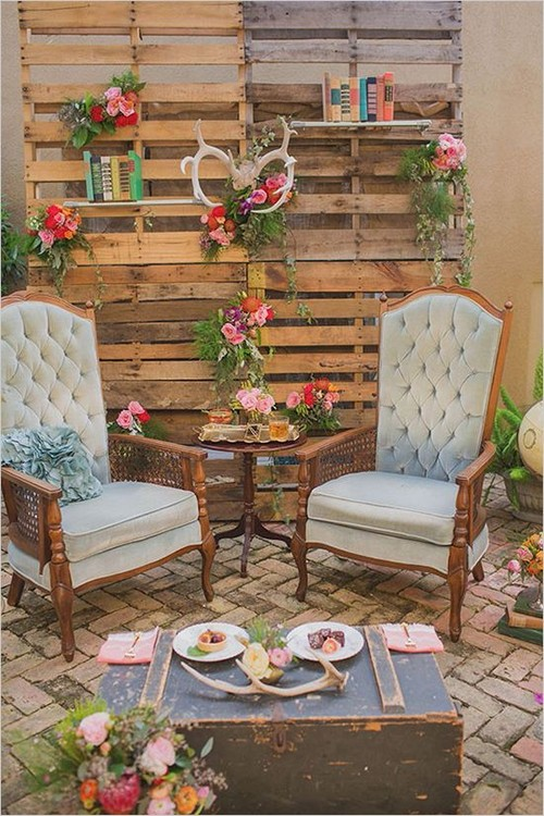 woodsy-cocktail-lounge-wedding-ideas